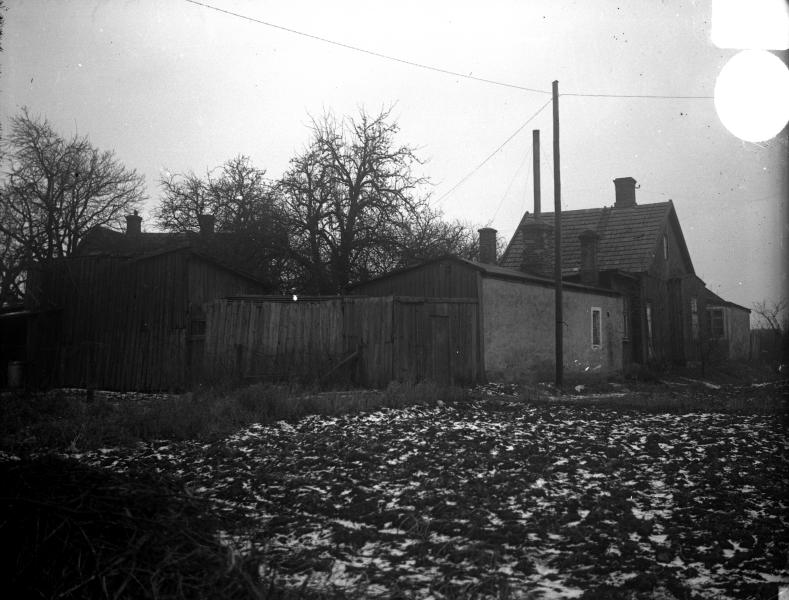 """Lilla Dammgatan, kv Granen, """"Hökaboet"""" januari 1936"""