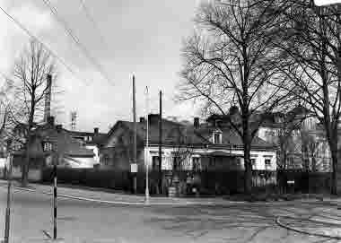 Slottsvägen - Kungsgatan. Mödra- och barnavårdscentral (f.d.  sysslomansbostaden vid gamla lasarettet). Omkr 1940