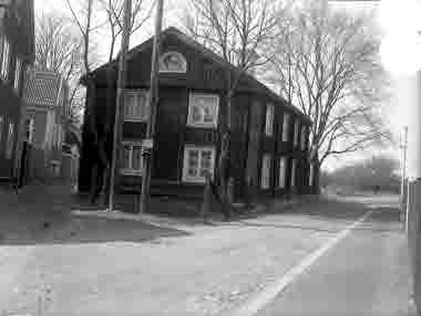 Gamla stan, tomt 139, hörnet Vegagatan och Västerlånggatan. Israelagården 1935