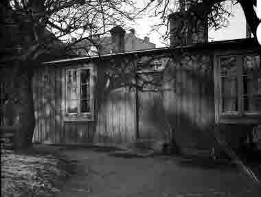 "Lilla Dammgatan, kv Granen, ""Hökaboet"" liten stuga 1936"