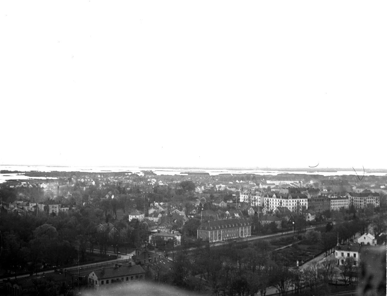 Gamla stan, Bremerlyckan och Västra sjön från vattentornet 1933