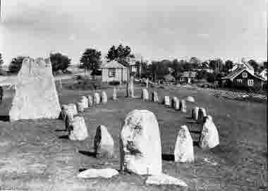 Skeppssättning på Gättlinge gravfält 1946