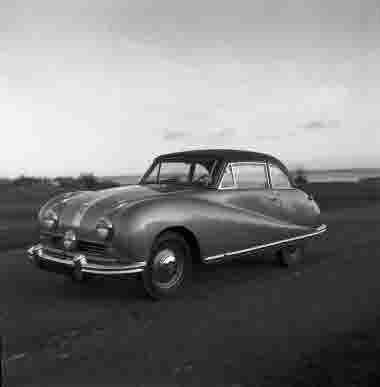 Fredriksdahls Bil AB  Austin 16/11 1950